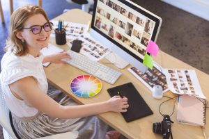 young caucasian female graphic designer working on F7SDUEX 300x200 - young-caucasian-female-graphic-designer-working-on-F7SDUEX.jpg